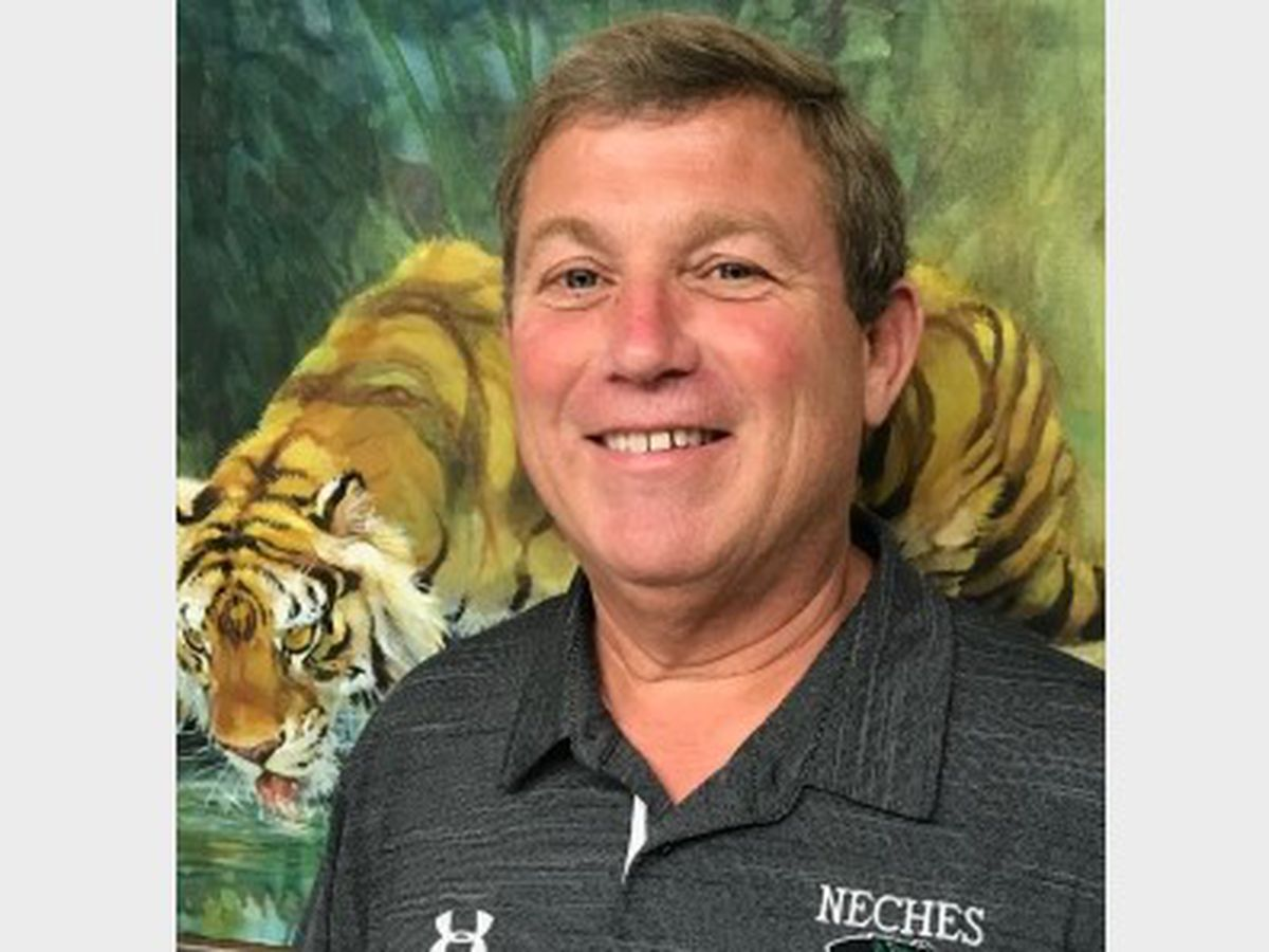 Neches ISD board to consider superintendent's resignation