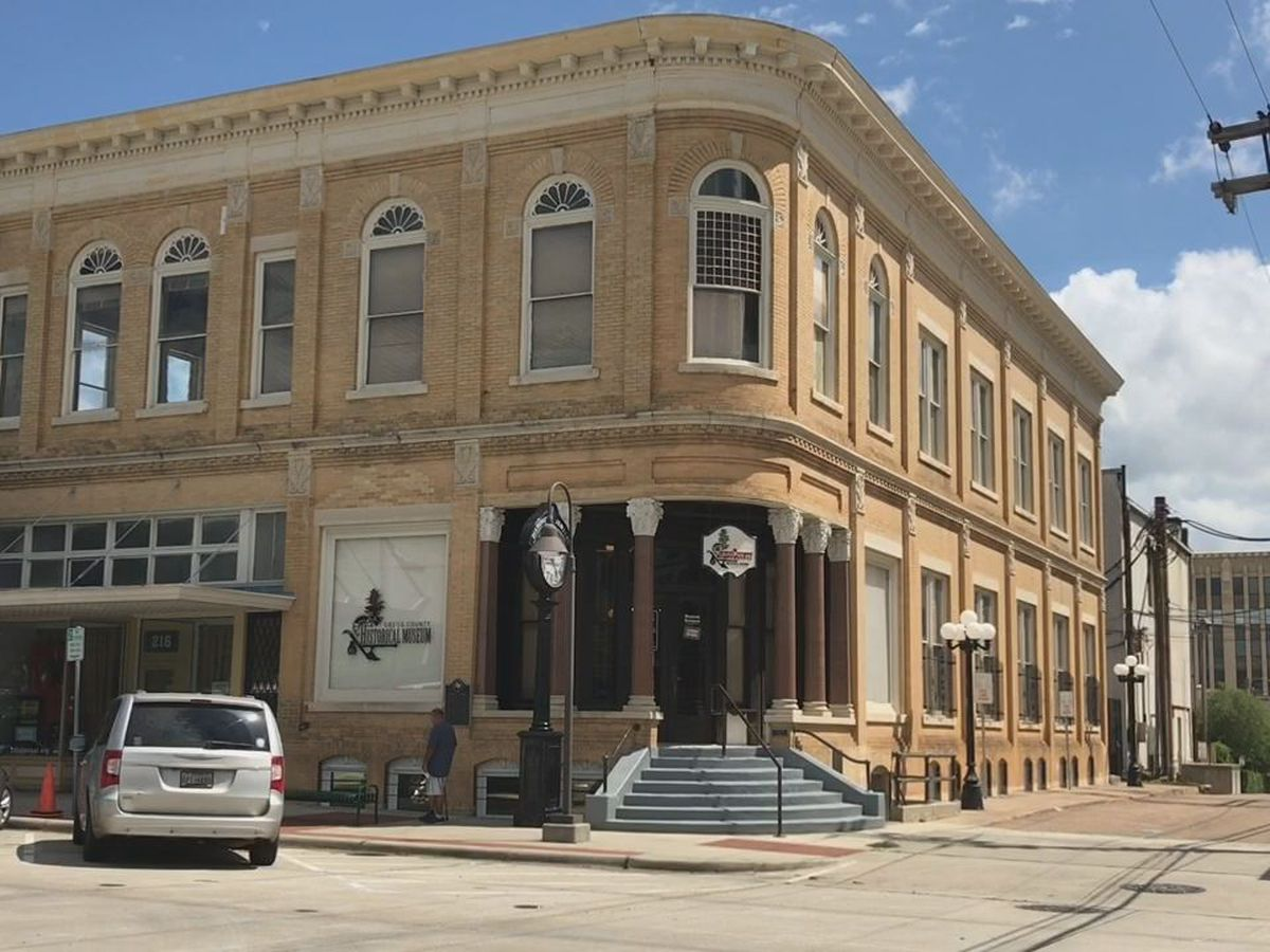 A Mark in Texas History: The Everett Building in Longview