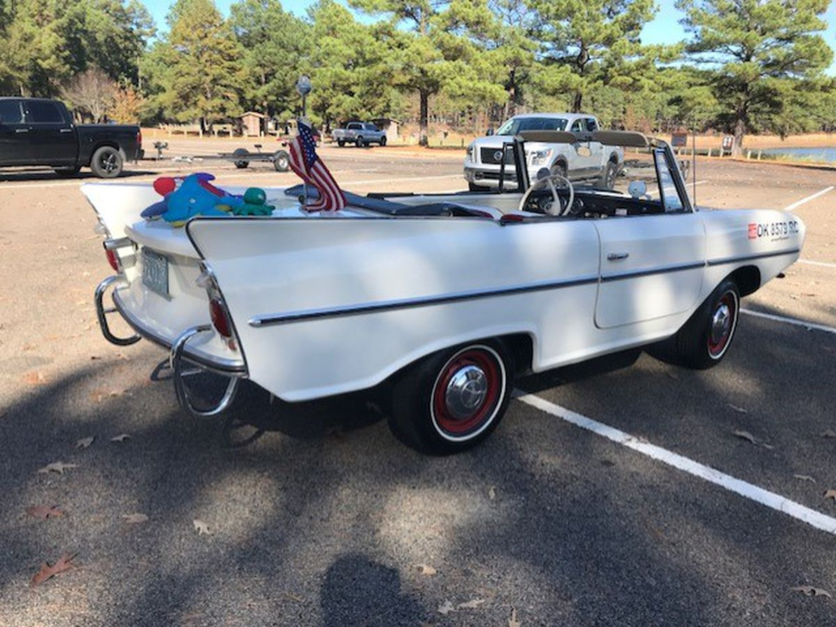 Longview man shows off rare amphibious car