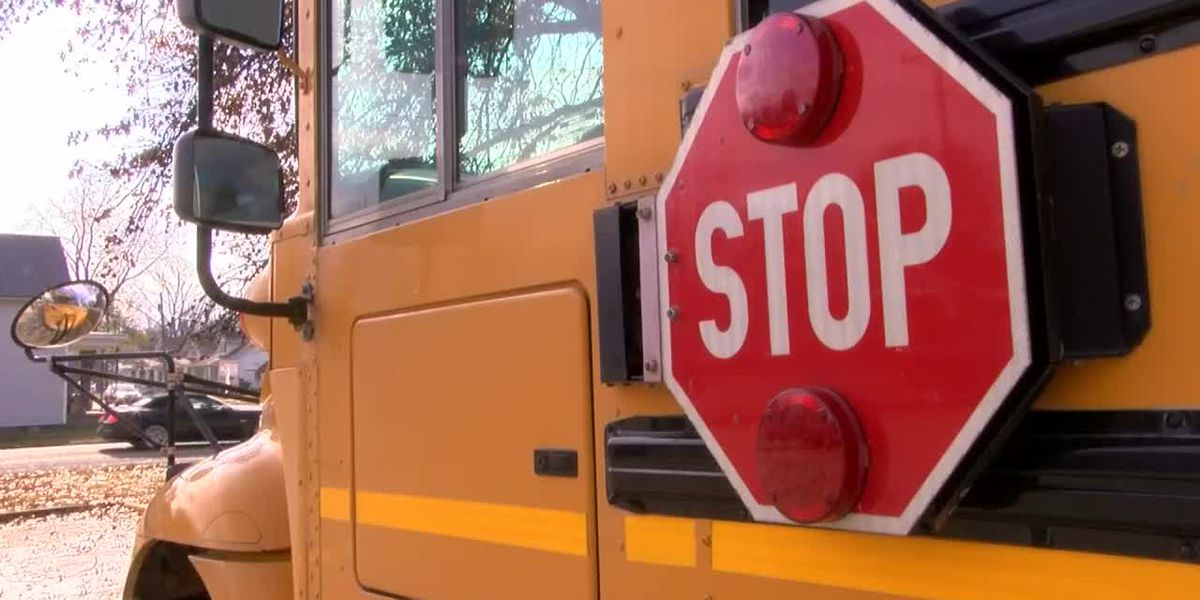 Smith County Sheriff's Office: People Not Stopping For School Buses