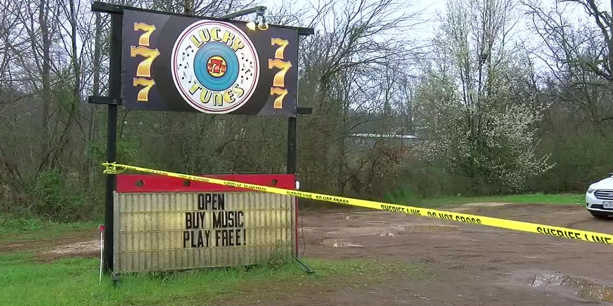 Smith County sheriff: 90 gambling machines, cash seized during search of game rooms