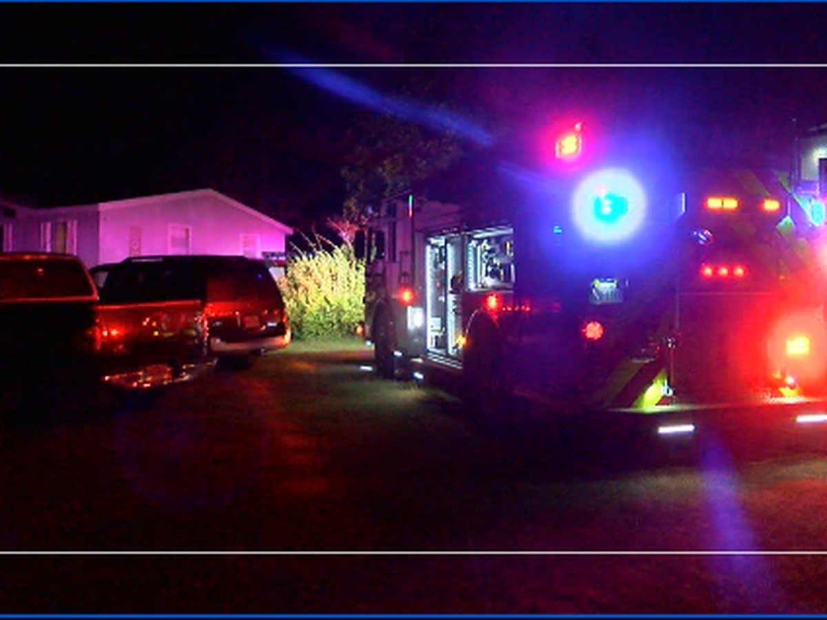 Lindale Fire Department responds to early morning house fire
