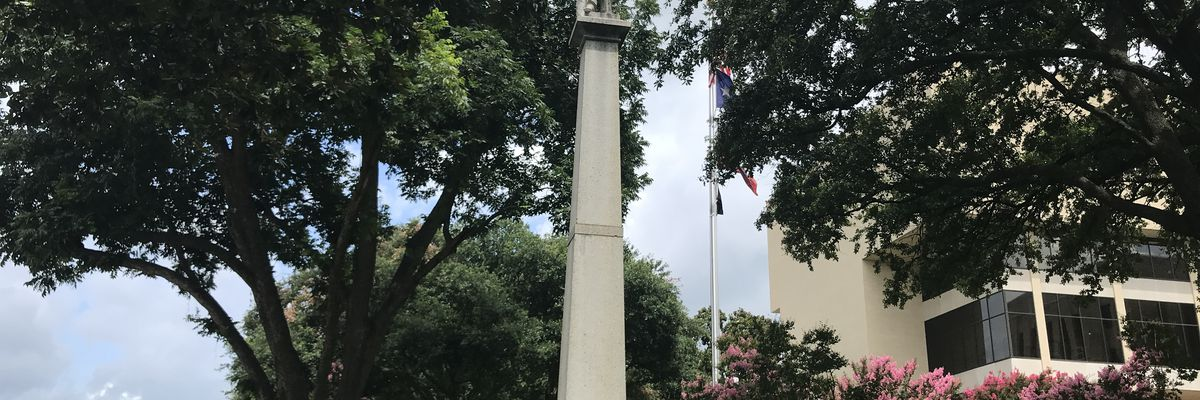 Commissioners set to vote on removing confederate statue from Gregg County Courthouse