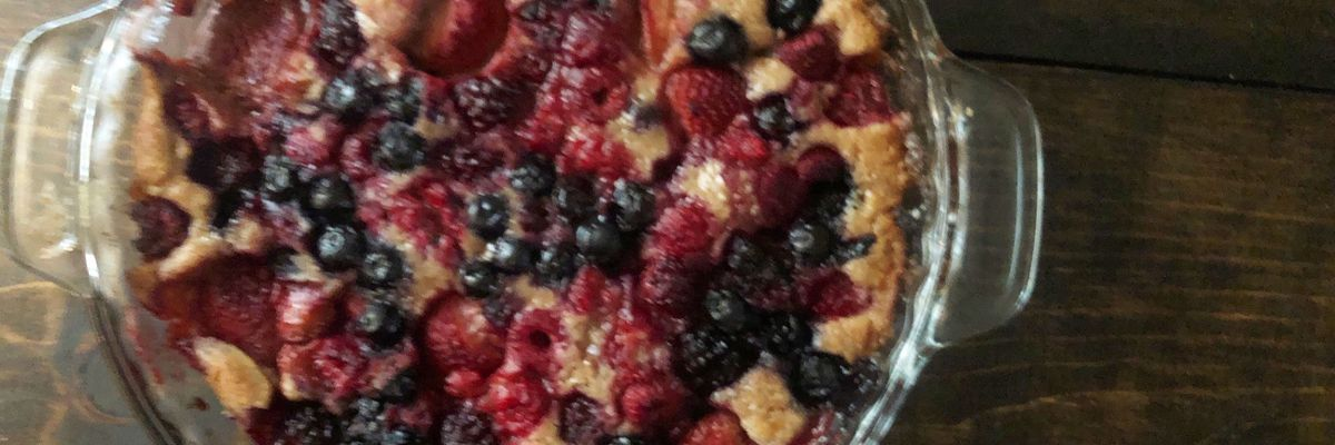 Simple summer-berry cobbler by Mama Steph
