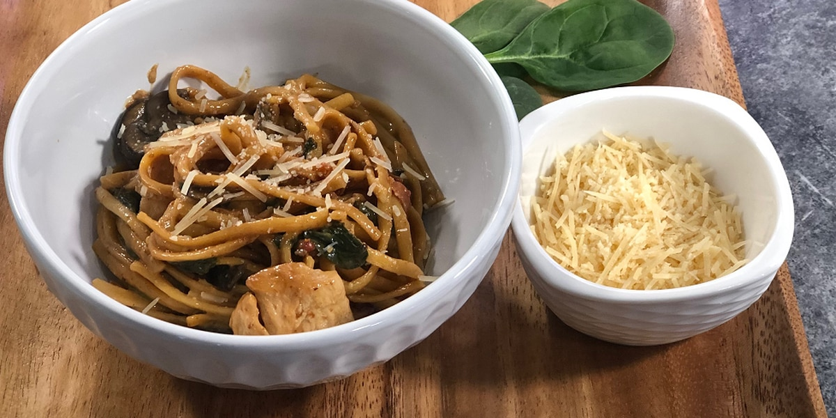 1-pot meal: Creamy chicken Florentine pasta by Mama Steph