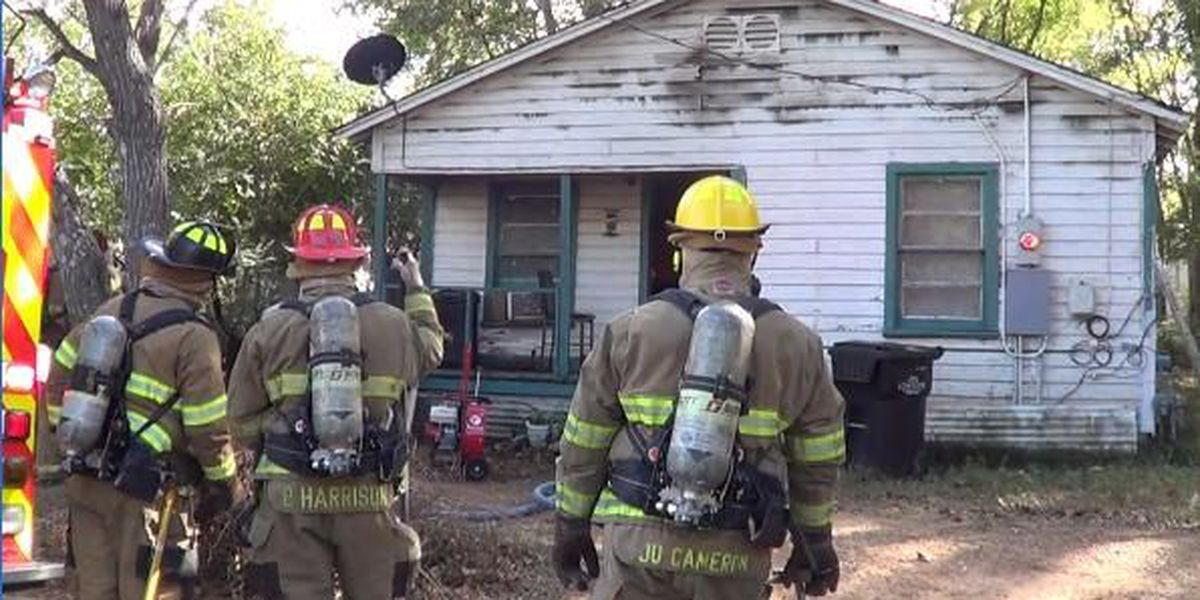 Using a stove to heat home causes Longview house fire