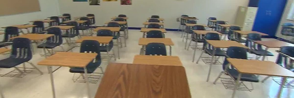 More than 2,000 students, teachers and staff in quarantine after start of school