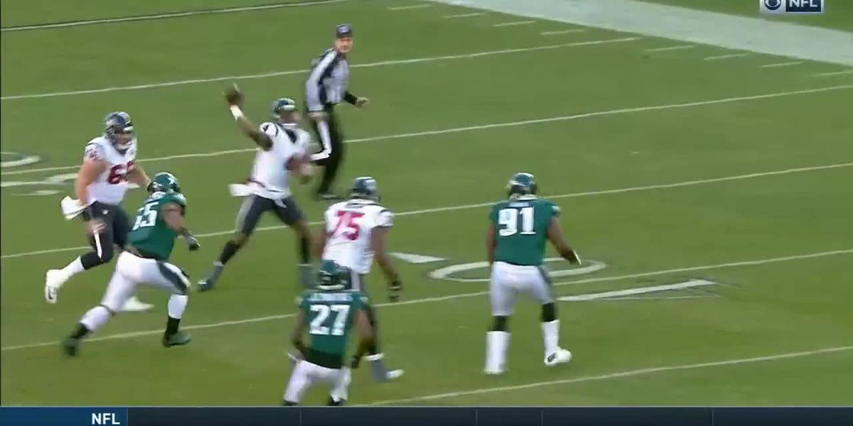 Texans lose to Eagles 32-30