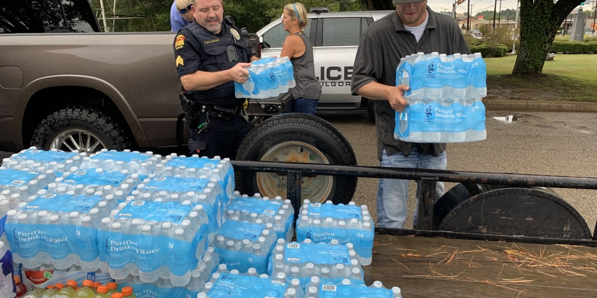 WEBXTRA: Donations for people affected by Hurricane Laura are being accepted at the Kilgore police department