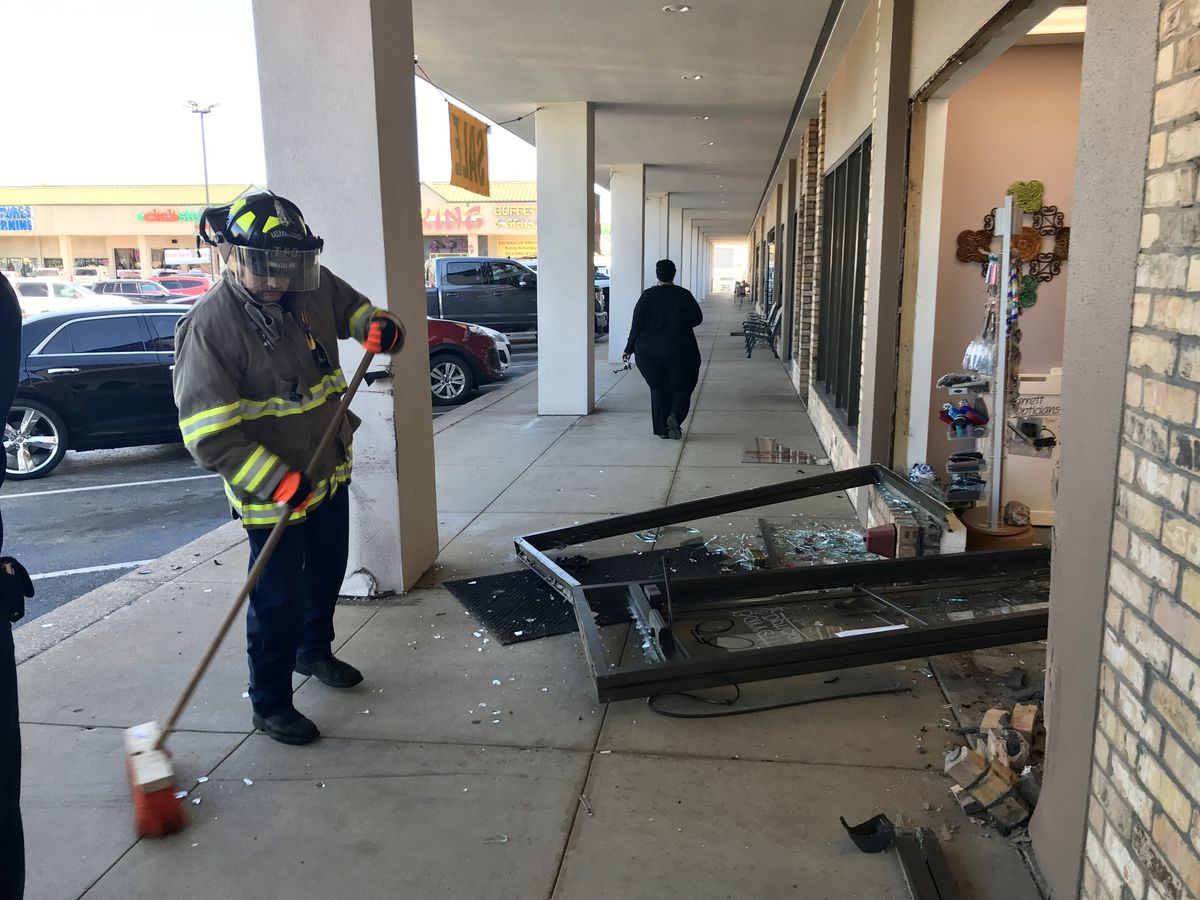 No injuries reported after car crashes into optician office in Tyler