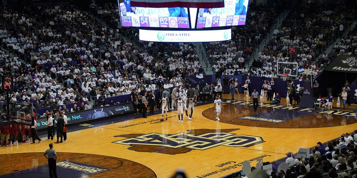 Beer and wine sales starting at SFA basketball games