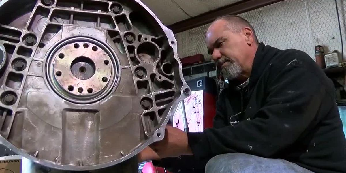 East Texas mechanic works past visual disability