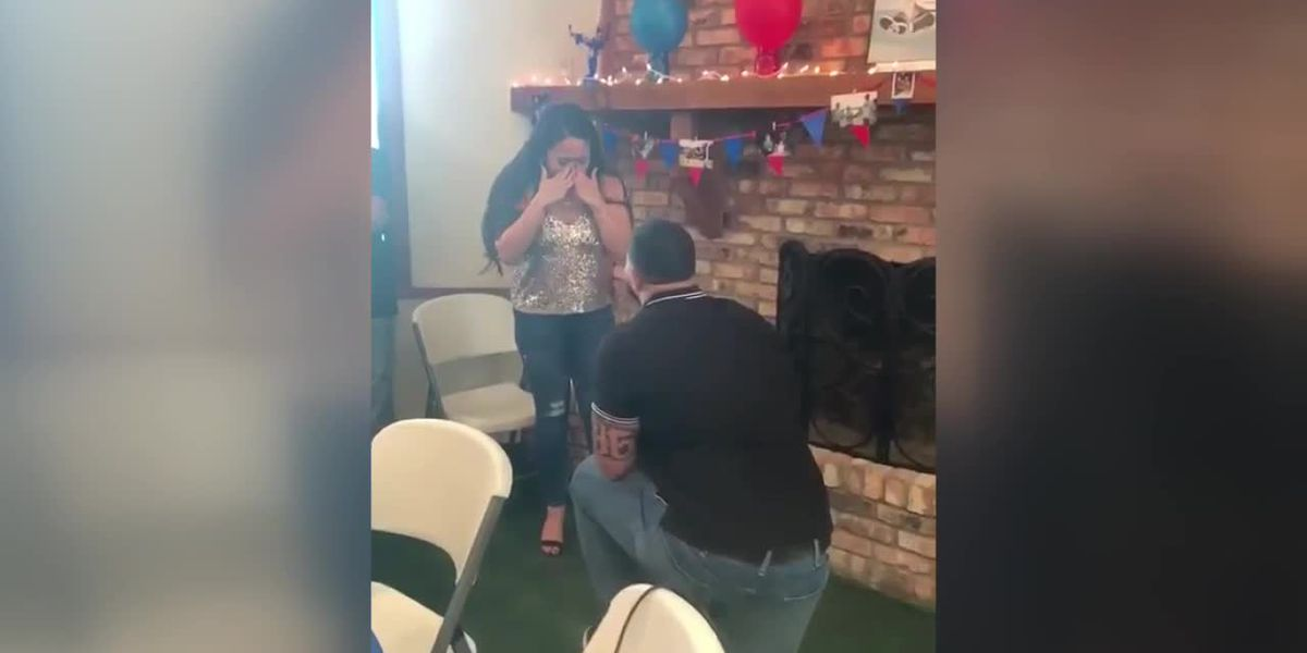VIDEO: Lufkin's Erik McCoy proposes to girlfriend following NFL draft pick