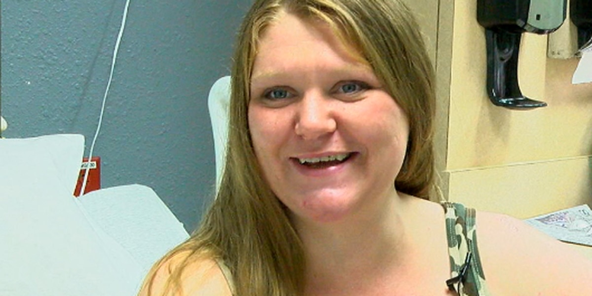 East Texas woman gives birth to twins on separate days