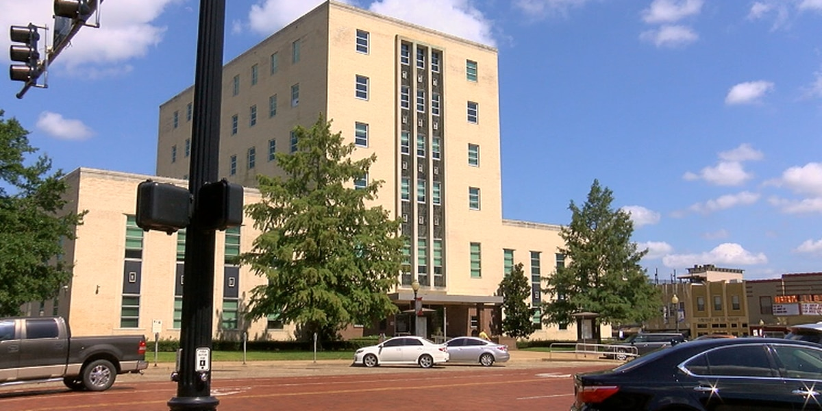 Smith County invites citizens to offer input on new courthouse