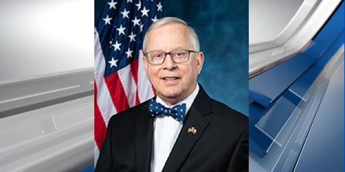 Texas Rep. Ron Wright out of hospital after cancer treatment