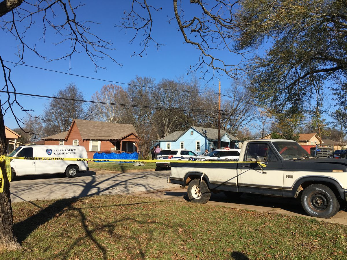 Police, sheriff at scene where man found dead in doorway of Tyler home