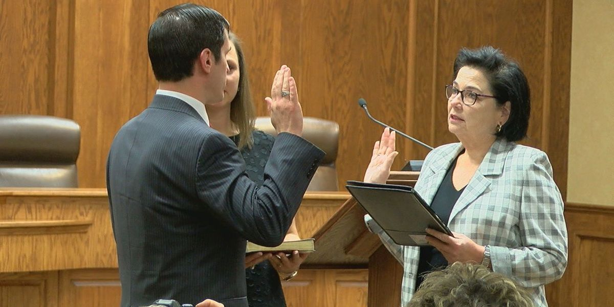 East Texas officials sworn in on New Year's Day