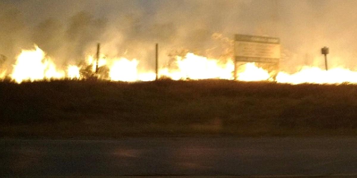 Grass fire response shuts down EB lane of FM 344 near Highway 155