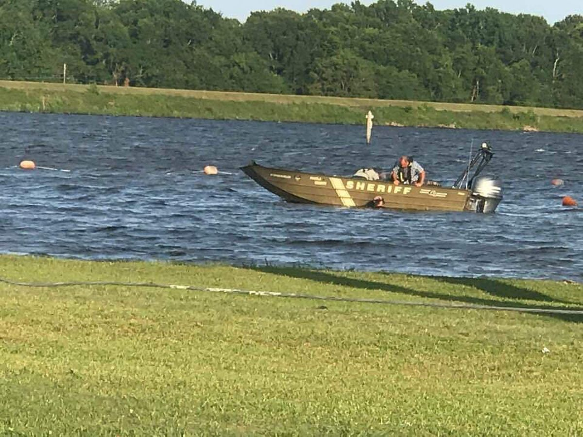 Sheriff's Office: One person drowns in Panola County lake