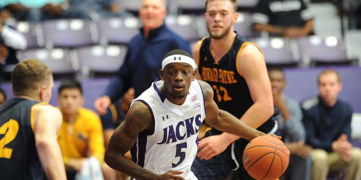 SFA moves to 4-0 after dominating win over Howard Payne