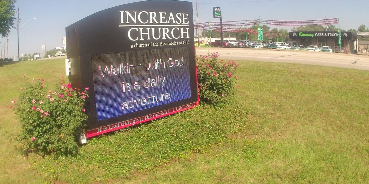 White Oak police searching for suspect who caused $10K worth of damage to church sign