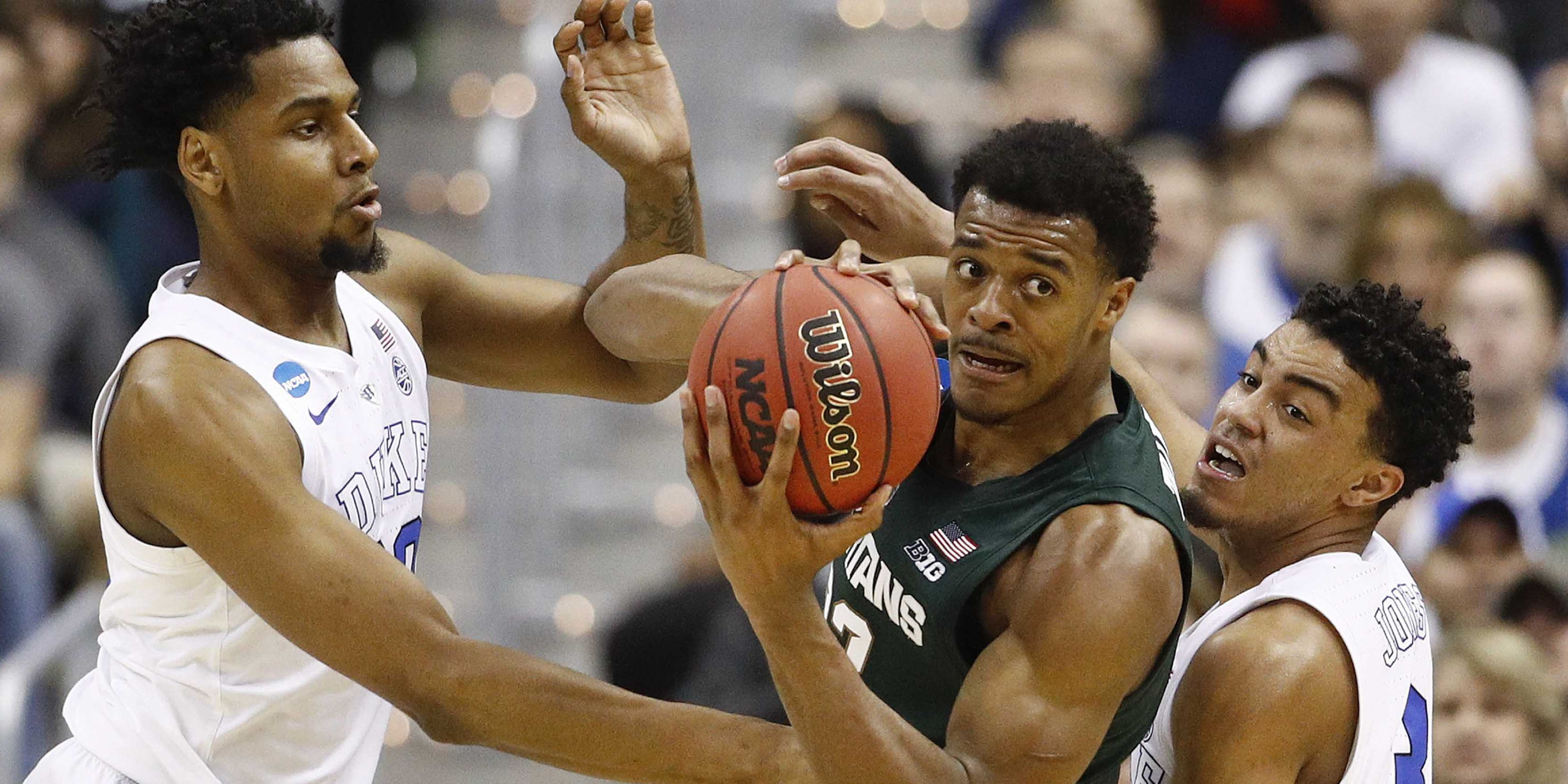 1b856b6f7fde Michigan State knocks off Duke 68-67 to make Final Four