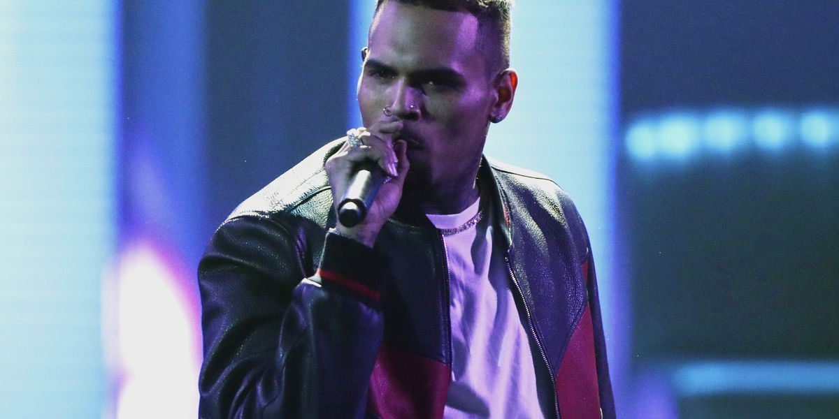 Singer Chris Brown detained in Paris after rape complaint