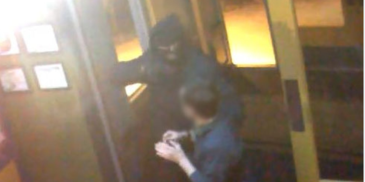 Tyler police release photo of suspect in overnight restaurant robbery