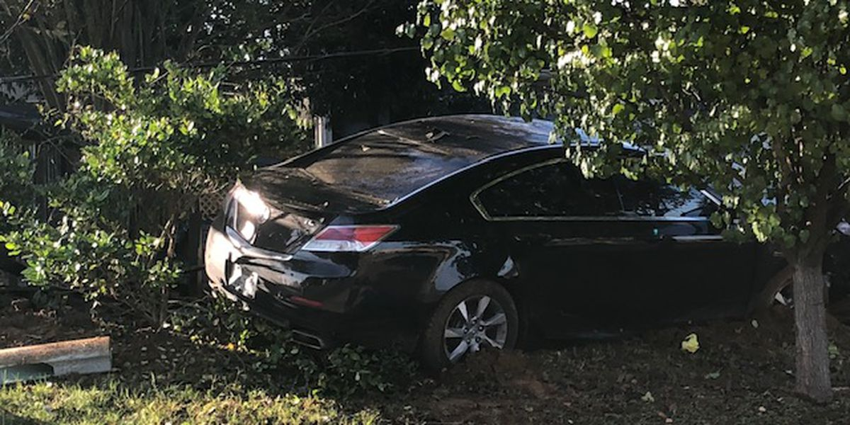 Accident causes power outages in Whitehouse