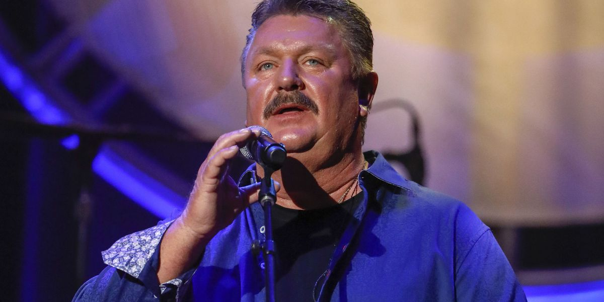 Neal McCoy remembers Joe Diffie as one of the greatest in country music