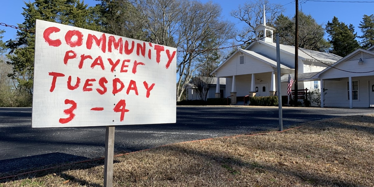 Prayer gathering today for congregation to mourn loss of pastor, friend
