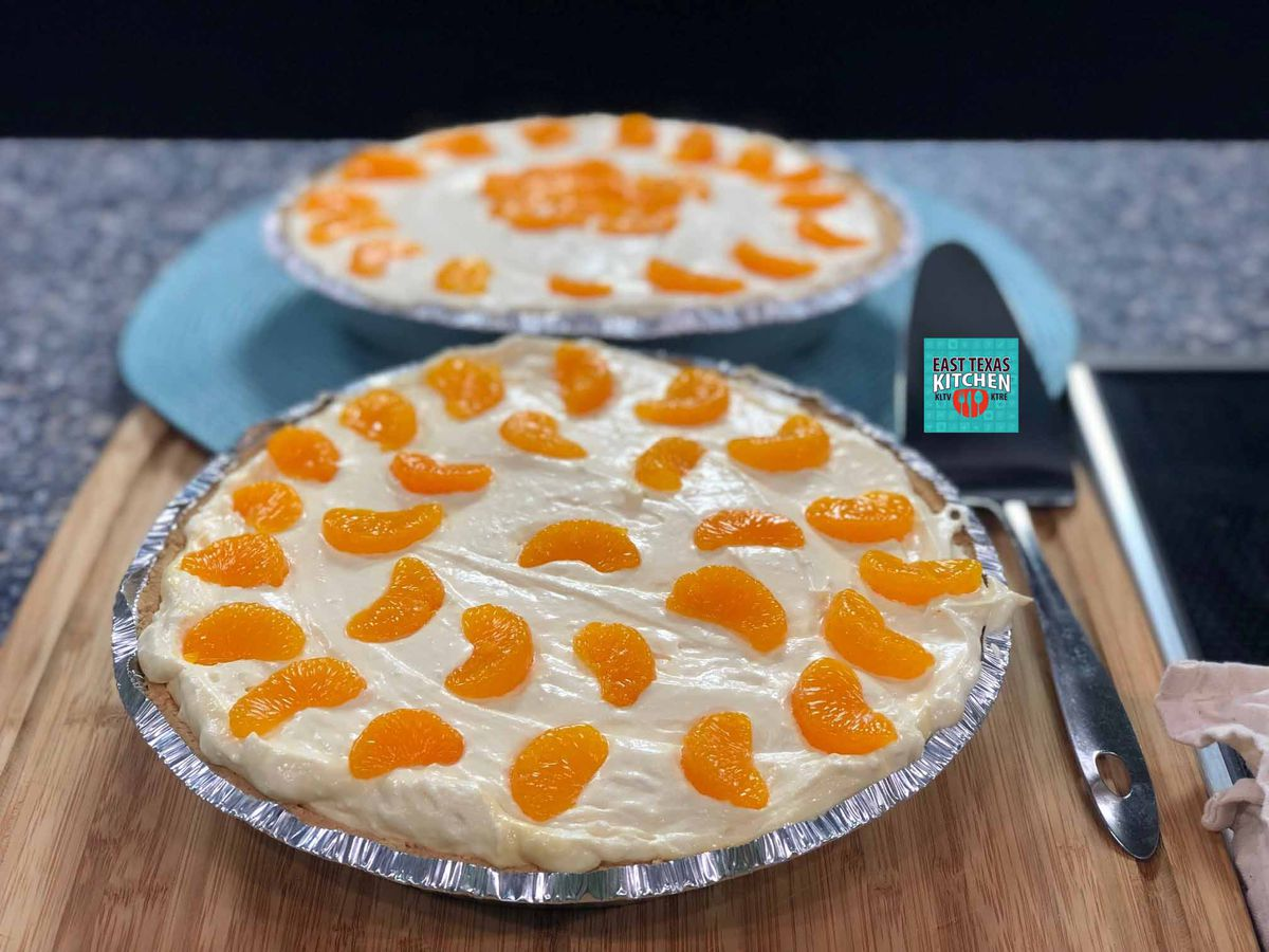 Creamy orange dreamsicle pie by Mama Steph