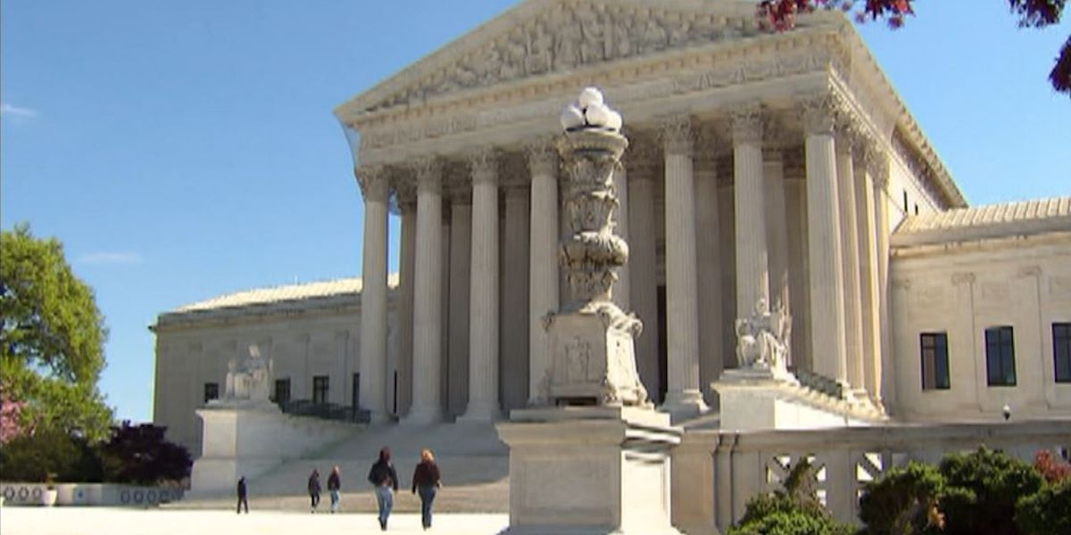 Group asks Supreme Court justices to ban use of race in college admissions