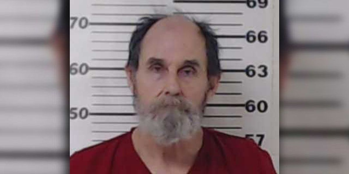 Man charged with murder in Henderson County after Sunday stabbing