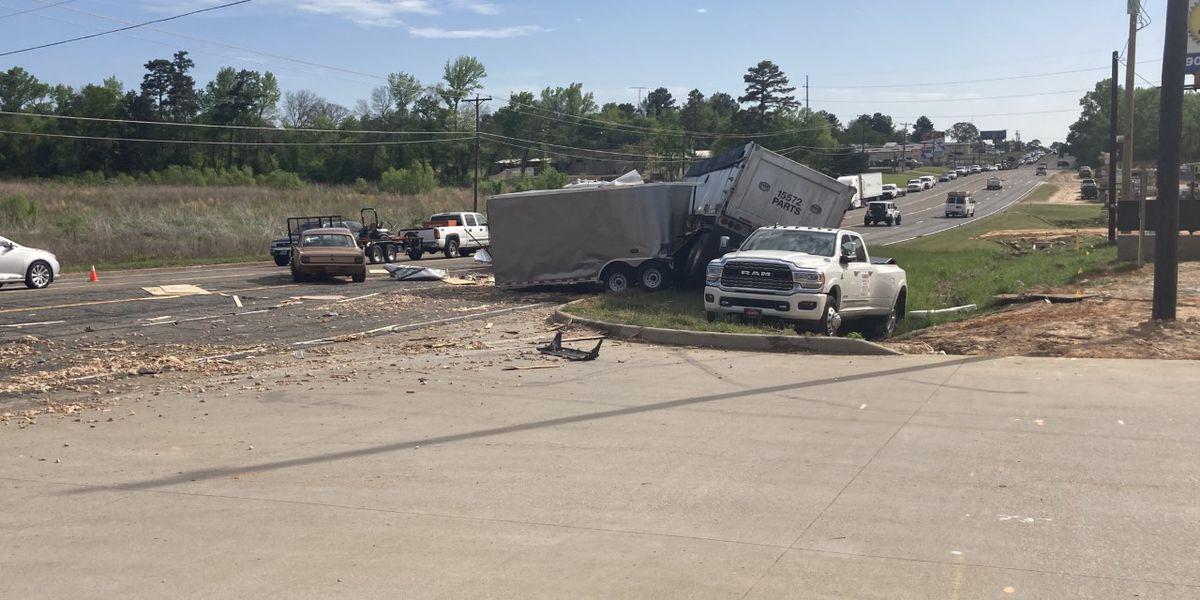 18-wheeler wreck spills chicken parts on Hwy 155 S. in Tyler