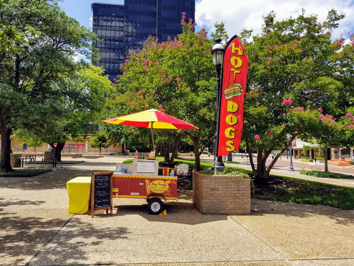 Hug-Dawgs: Tyler's newest food cart serving hot dogs with a side of happiness