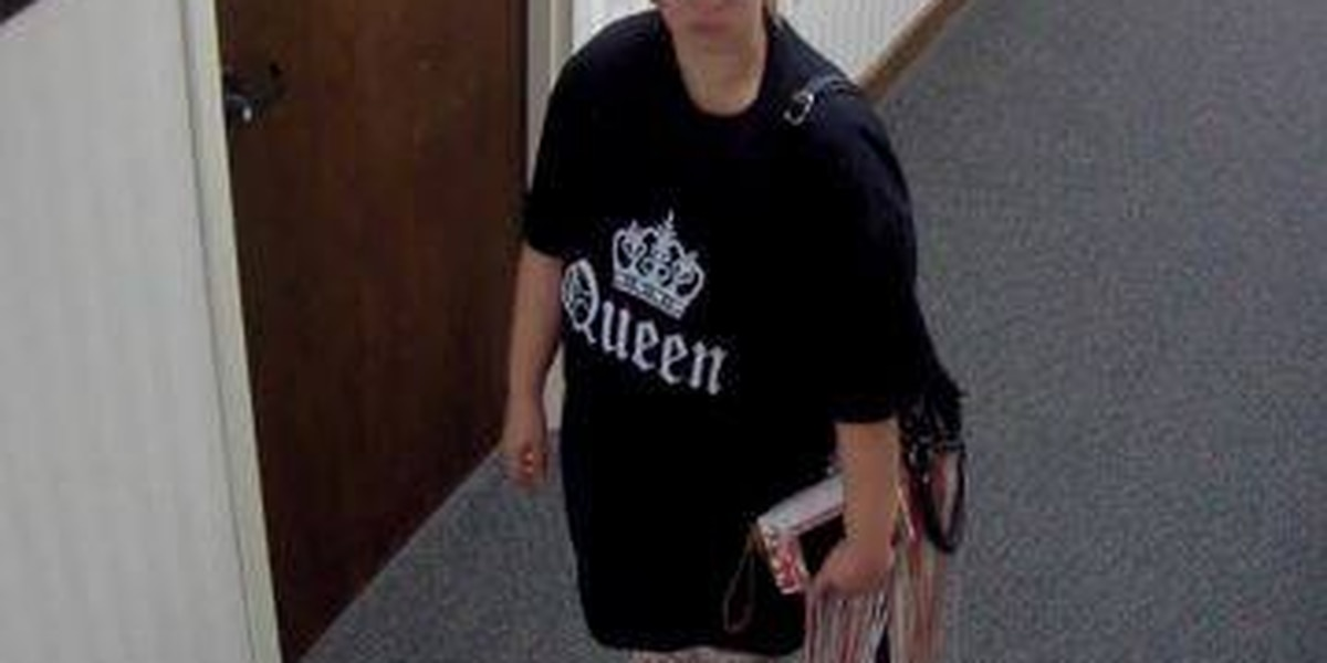 Tyler police searching for female suspect involved in purse theft