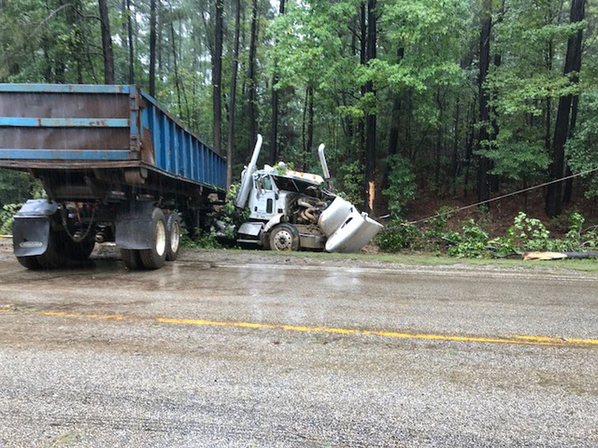 FM 349 blocked off as crews work to clear scene of 18-wheeler wreck in Kilgore