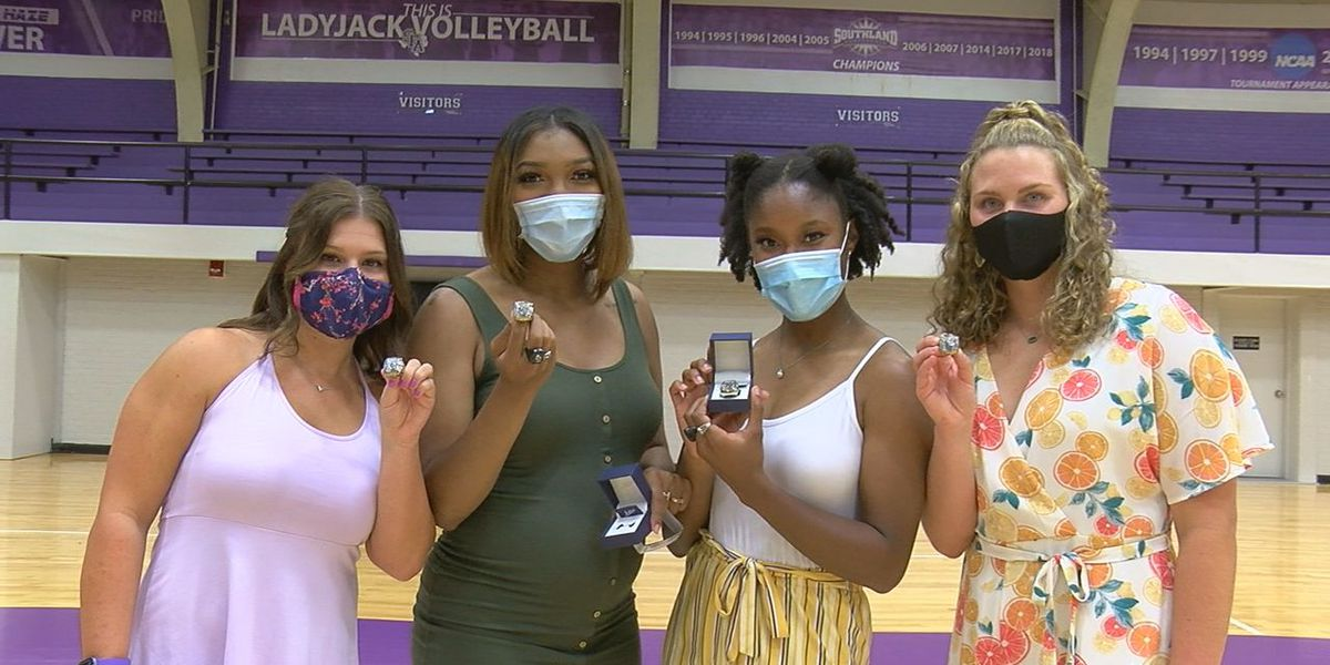 SFA Volleyball honors Scotty Bailess, hands out championship rings
