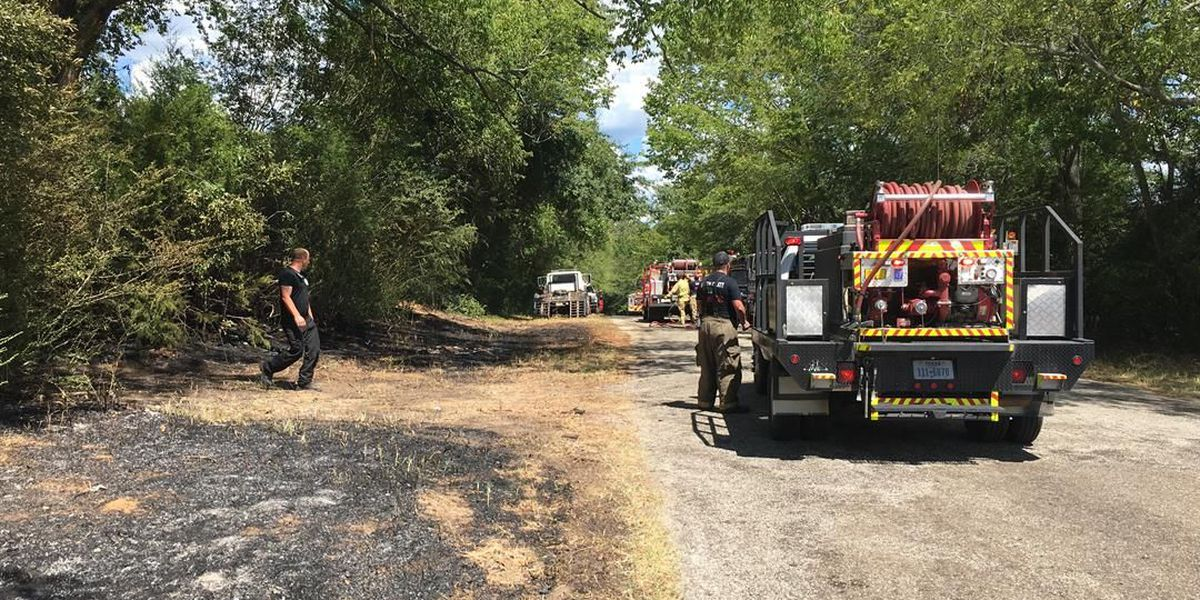 Crews en route to 2-3 acre grass fire in Smith County