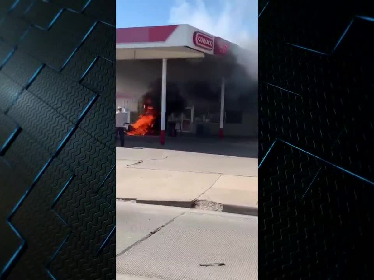 VIDEO: 2-vehicle collision near Seven Points gas station resulted in fire, explosion