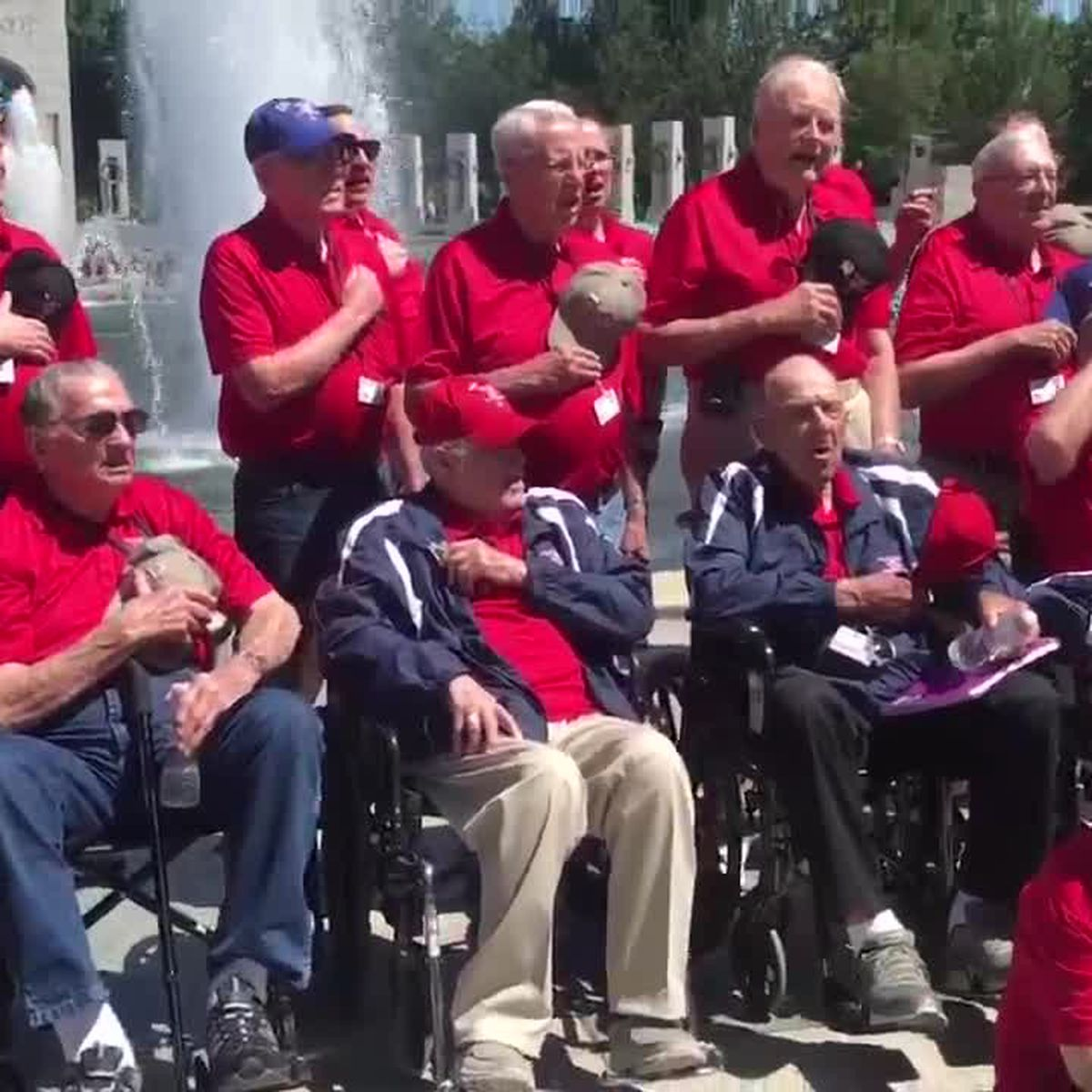 "WATCH: East Texas veterans sing ""The Star-Spangled Banner"" at World War II Memorial"