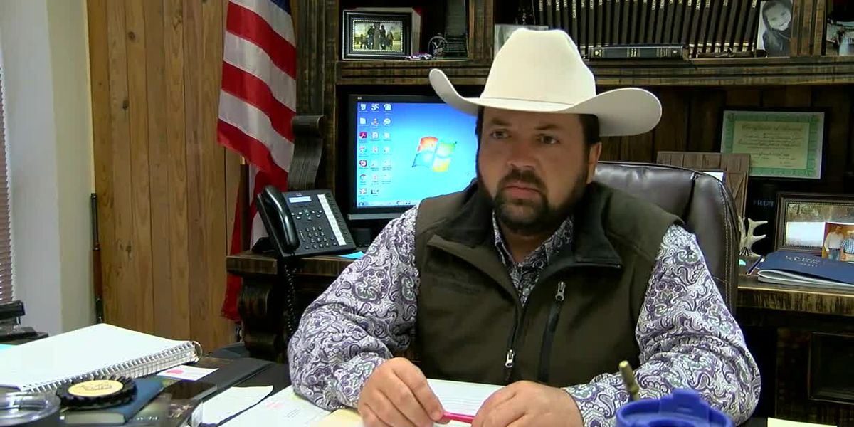 WebXtra: Jeff Chavez speaks with Henderson County's sheriff about an ongoing homicide investigation