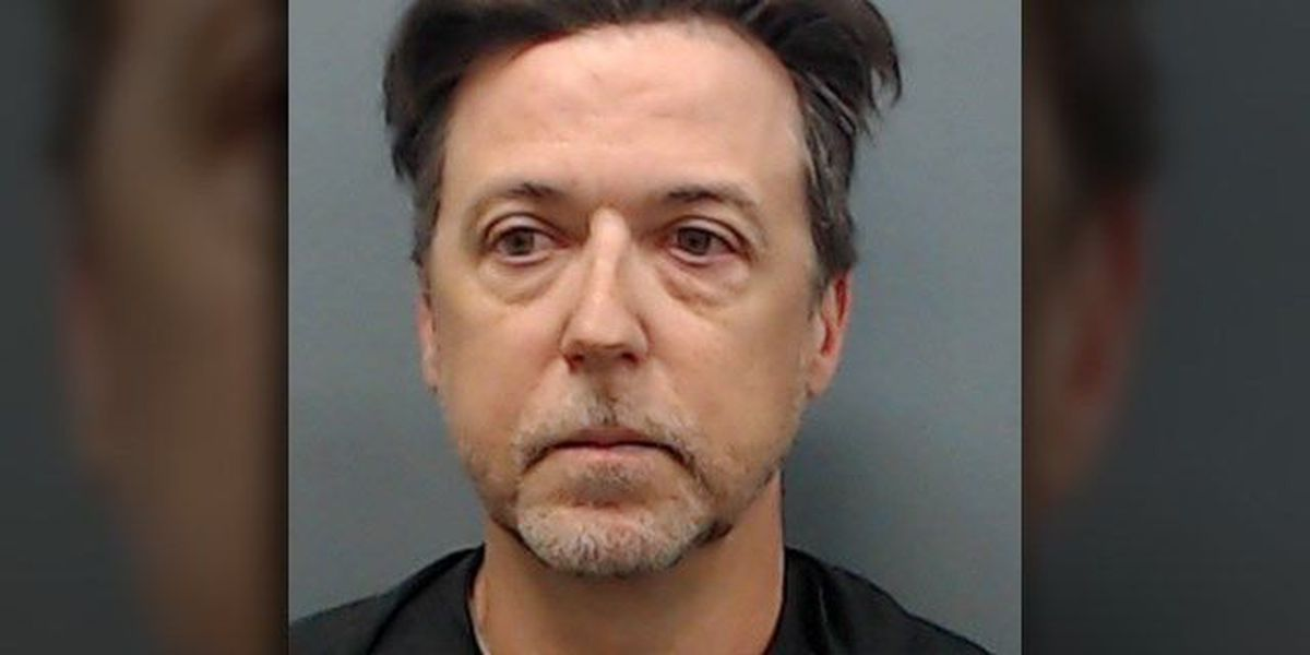 Longview man accused of misusing $200K worth of clients' money