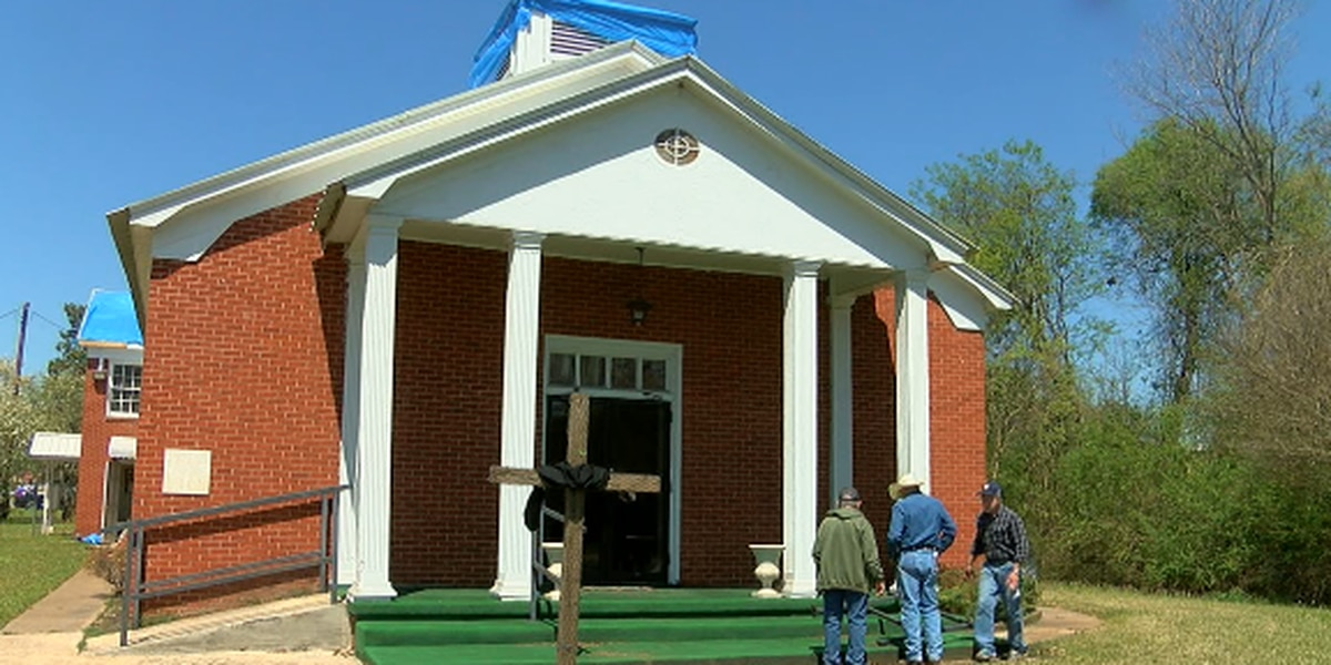 Church to welcome members of damaged Mt. Enterprise church on Easter Sunday