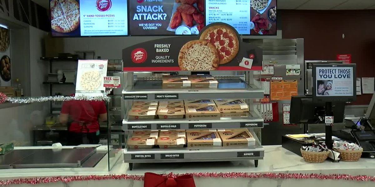 Pizza Hut opens kiosks in Tyler Brookshire's locations