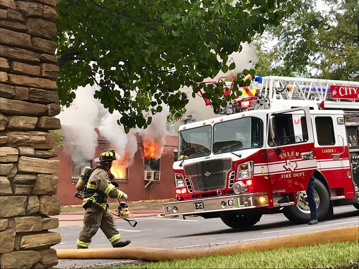 VIDEO: Fire at Tyler business contained; no one was injured in blaze