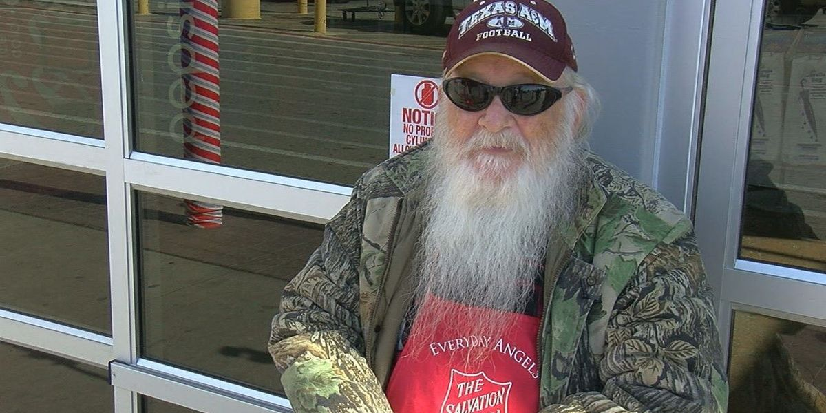 Thieves steal Salvation Army donation kettle from Tyler Walmart