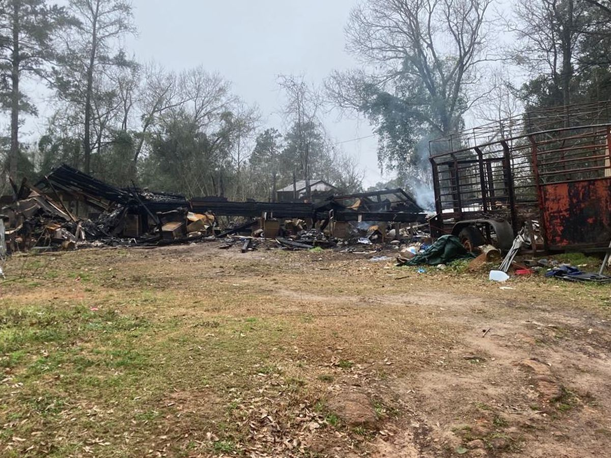 East Texas community rallies around San Augustine water, wastewater superintendent after house fire